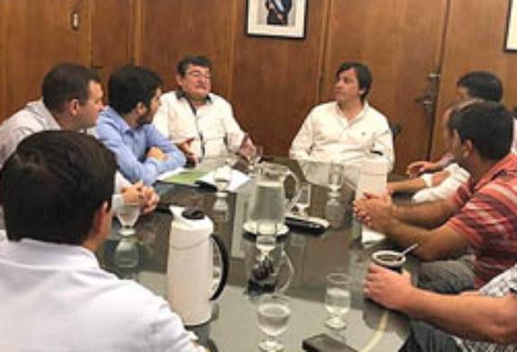 PRODUCTORES DEL DEPARTAMENTO 2 DE ABRIL EXPONEN EL DRAMA ANTE AGRICULTURA FAMILIAR
