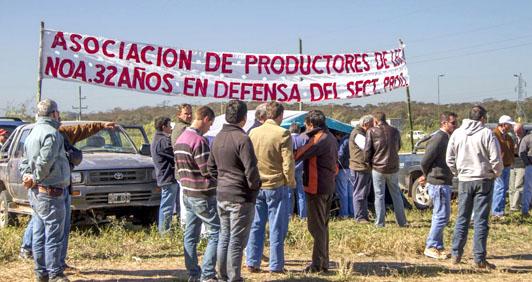 """DURO PRONUNCIAMIENTO DE LA RED NACIONAL DE PRODUCTORES AUTOCONVOCADOS: """"NO PODEMOS SER CÓMPLICES"""""""